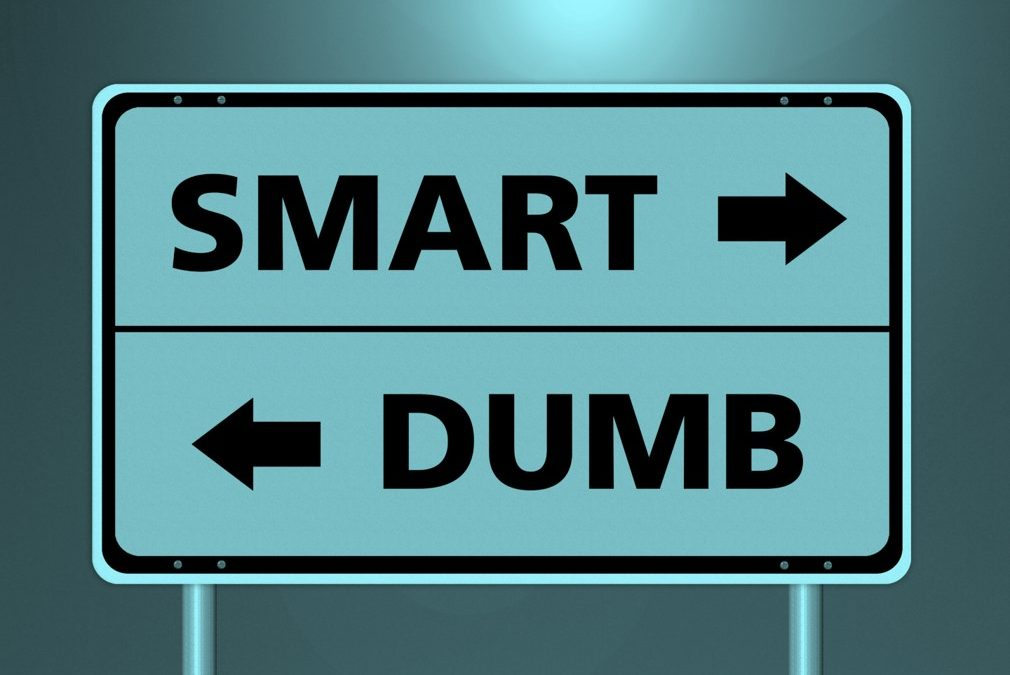 Is your (message/event) broker dumb or smart? And why does it matter?